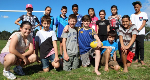 AFL KiwiKick gives Kiwi kids new skills